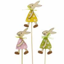 Coniglietto di legno sul bastone verde, giallo, rosa 8 cm 12 pezzi