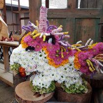 Unicorno floreale in schiuma 68 cm x 60 cm